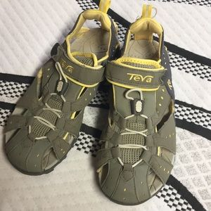 Teva. Mermaid Dozer sandals